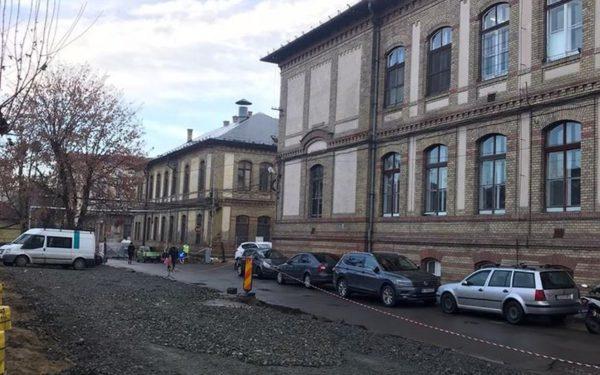 Parcarea Spitalului Clinic Județean de Urgență Cluj va fi reamenajată