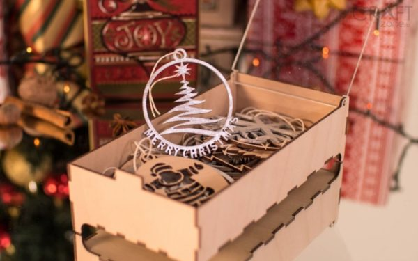 Ce propun designerii pentru Crăciun. Bradul va fi mai frumos cu ornamente din materiale naturale
