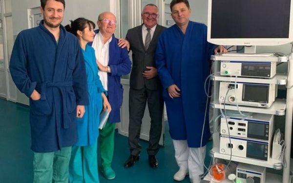 Un turn de chirurgie laparoscopică a fost dat în funcțiune la spitalul din Dej