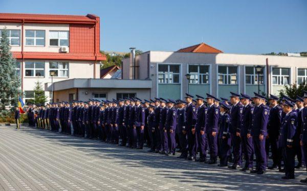 43 de fete și 119 băieți au fost admiși la Școala de Agenți de Poliție din Cluj