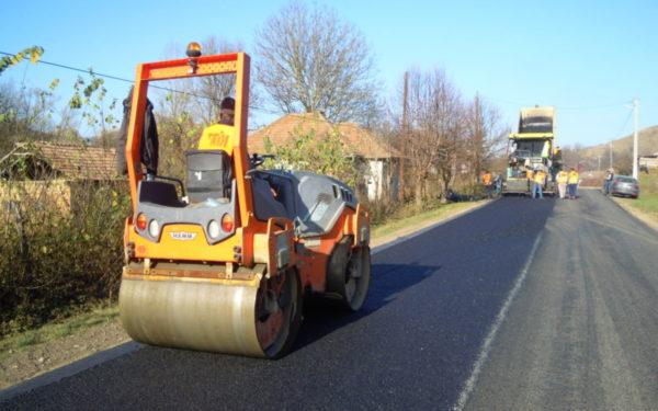 Lucrările la Drumul Bistriței vor continua în acest an. Modernizarea șoselei din Chinteni va începe doar anul viitor