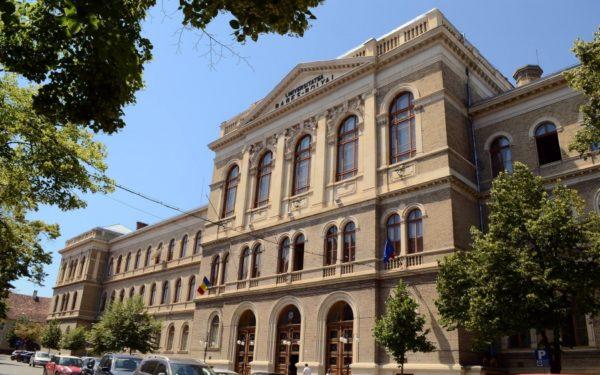 Solidaritate | Comunitatea UBB a strâns 16.000 de lei pentru Serviciul de Ambulanță Cluj