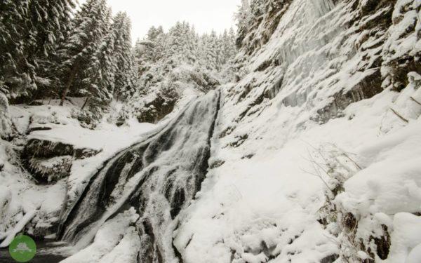 AUDIO | Doza de turism. Spectacolul iernii în Munții Apuseni