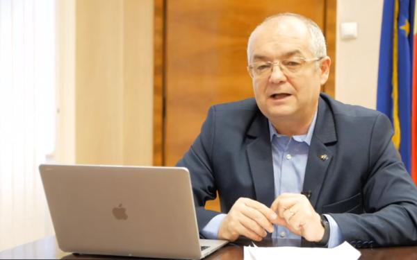 """Emil Boc, primarul Clujului: """"Stați acasă acum!"""""""