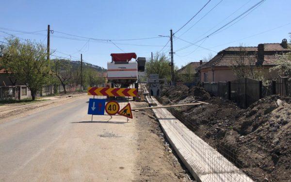 FOTO | Se lucrează în ritm alert la Drumul Bistritei