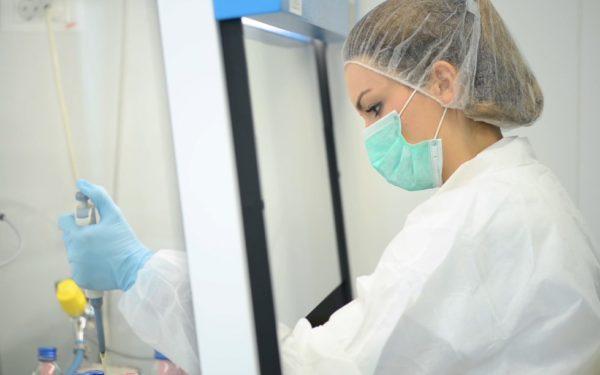 Dezinfectanții produși de Farmec au primit autorizația de punere pe piață. Vor ajunge inclusiv în spitale