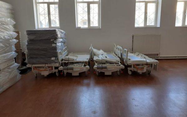 42 de paturi de terapie intensivă și electrice pentru Spitalul Județean de Urgență Cluj-Napoca