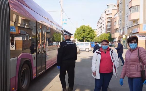 VIDEO | Cum se circulă la Cluj-Napoca cu mijloacele de transport în comun. Călătorii trebuie să respecte noi reguli