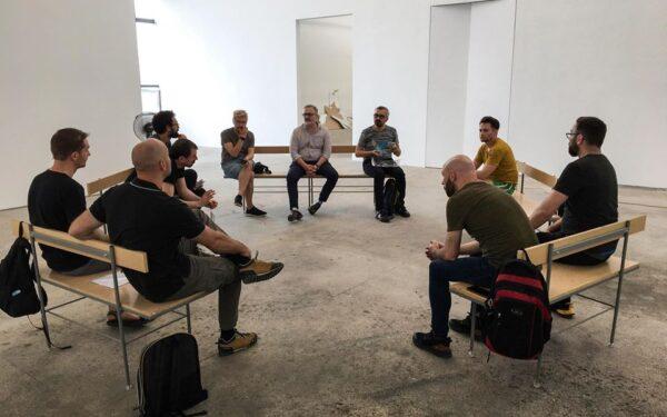 AUDIO | Ovidiu Leuce, despre prima expoziție de la Centrul de Interes, care reunește 24 de artiști