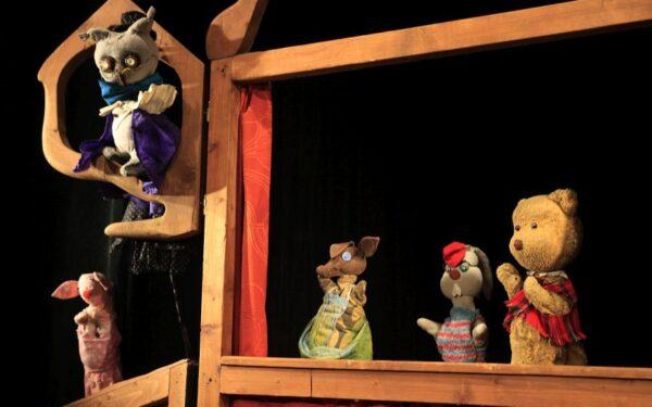 Primele spectacole cu public ale Teatrului de Păpuși din Cluj din timpul pandemiei de coronavirus