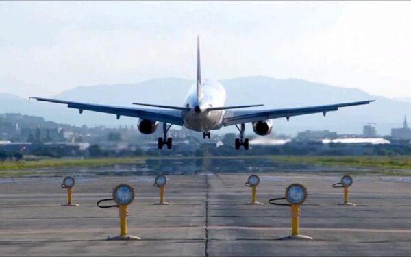 Aeronavele care zboară de la Cluj, spre străinătate, încărcate doar pe jumătate