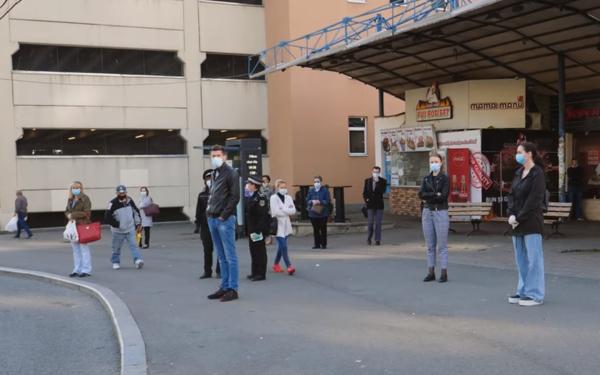 """8 funcționari ai Primăriei Cluj sunt infectați cu coronavirus. Boc: """"Vă rog să purtați mască în locurile aglomerate!"""""""