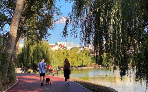 Lucrările la pista pietonală și de biciclete din jurul Lacului I Gheorgheni au fost finalizate