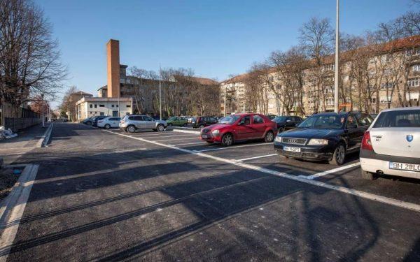 AUDIO | CityPlus. Cum a reușit administrația din Oradea să ofere mai multe locuri de parcare în orele de vârf